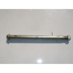 Axe de roue de bras oscillant de 600 Bandit 01-04