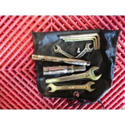 Trousse a outils de RSV 1000R 04-08