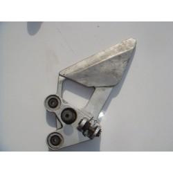 Platine avant gauche sans cale pied de FZ6 04-06