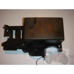 Bac à batterie pour ER6 06-08