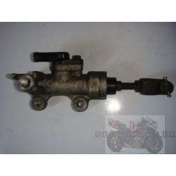 Maitre cylindre frein arrière pour 650 SV 98-02