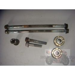 Fixations moteur de 600 et 750 GSXR 04/05