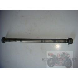 Axe de roue arrière de 650 Bandit 05-06